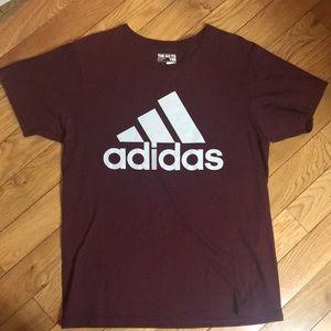 Men's Adidas burgundy t-shirt
